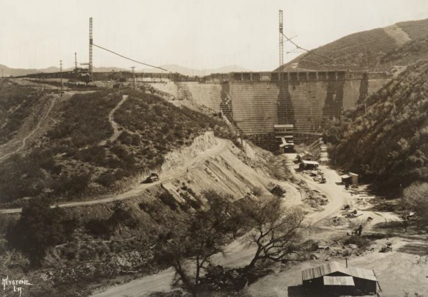 View of St. Francis Dam during construction looking upstream.