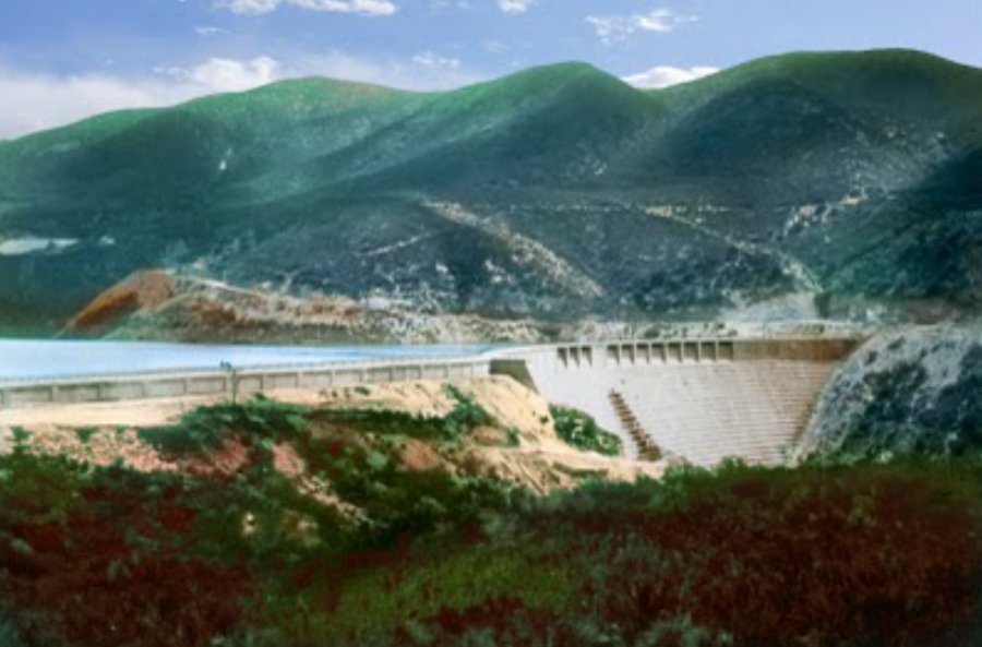 View looking upstream of St. Francis Dam prior to failure